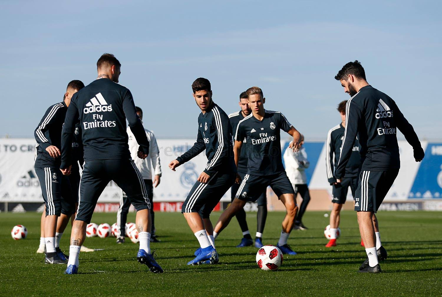 Real Madrid - Entrenamiento del Real Madrid - 05-12-2018