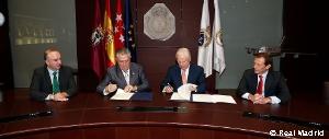 Firma de convenio Fundación Real MAdrid con Atades