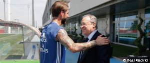 Florentino Pérez saludó a los jugadores en la Ciudad Real Madrid