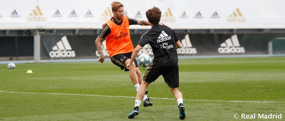 Sergio Ramos y Odriozola, en la sesión del Real Madrid (Foto: RM).