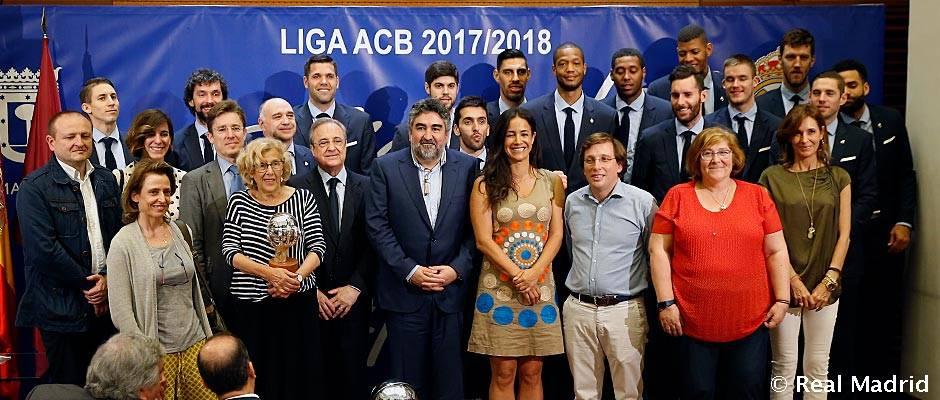 5515e4985 El Real Madrid de baloncesto ofreció la 34ª Liga de baloncesto