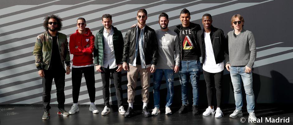 Audi entrega los coches oficiales a la primera plantilla de fútbol