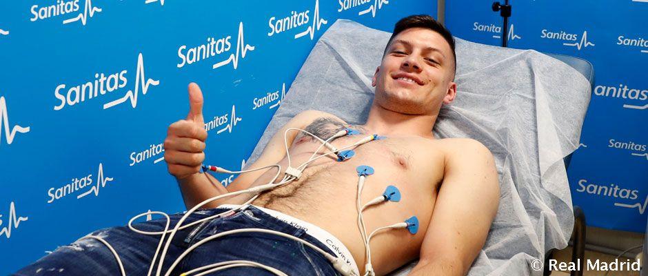 Jovic, tras superar el examen médico.