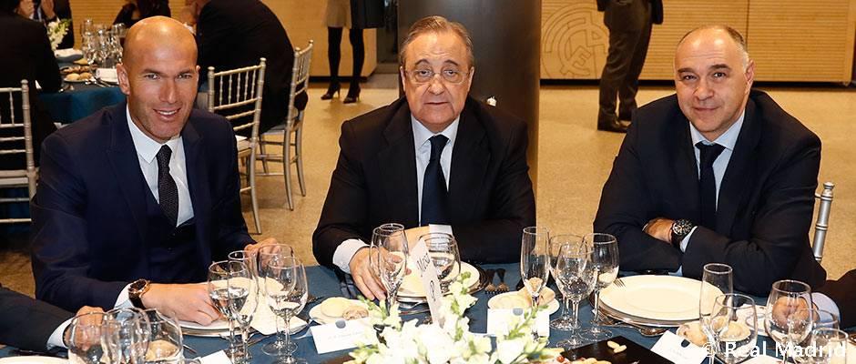 Las plantillas de fútbol y baloncesto celebraron la comida de Navidad | Real  Madrid CF