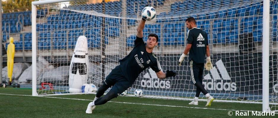 Primer entrenamiento de Courtois con el Real Madrid
