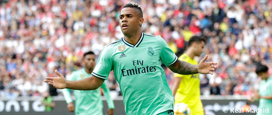 Mariano turns 26