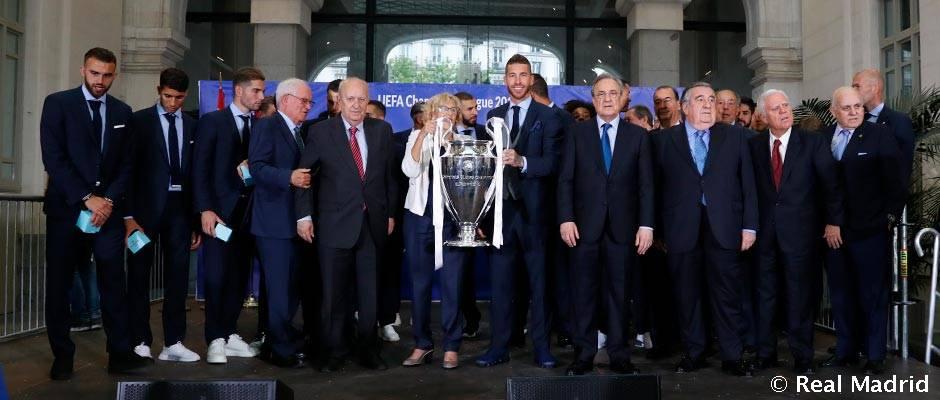 CHAMPIONS LEAGUE FINAL  REAL MADRID  LIVERPOOL, LA 13 - Página 10 Horizontal-ayuntamiento-decimotercera