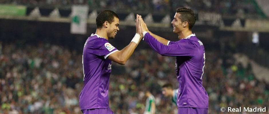 6710a8a3c Ronaldo e Pepe
