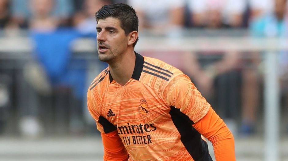 Courtois shortlisted for best goalkeeper in the 2020-21 Champions League | Real  Madrid CF